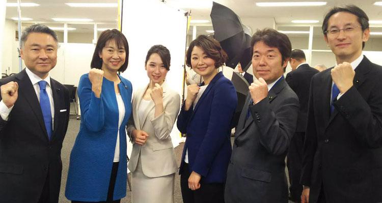 銀川ゆい子さんらと安藤じゅん子